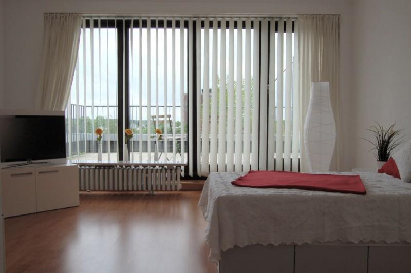 Wohnbereich_3_1000x665 - Penthouse-Appartement, Dachterrasse, EBK und Schwimmbad im Haus.