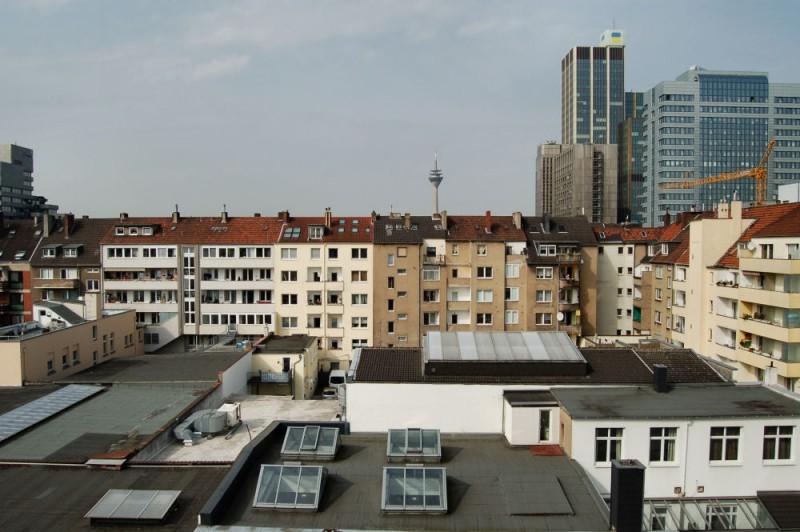 Maisonette wohnung mit blick ber d sseldorf ebk und balkon ines biedermann immobilien for Wohnung mieten ratingen