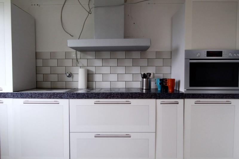 Kueche_1000x665 - Dachgeschosswohnung mit Flair, der perfekte Start für die junge Familie.