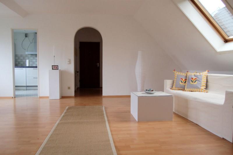 Wohnbereich_1000x665 - Dachgeschosswohnung mit Flair, der perfekte Start für die junge Familie.