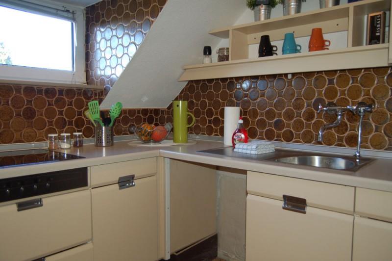 Details EBK_1000x665 - Dachgeschosswohnung mit Ausbaureserve und Garten Nutzung möglich.