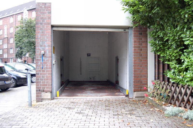 garage in d sseldorf bilk ines biedermann immobilien. Black Bedroom Furniture Sets. Home Design Ideas