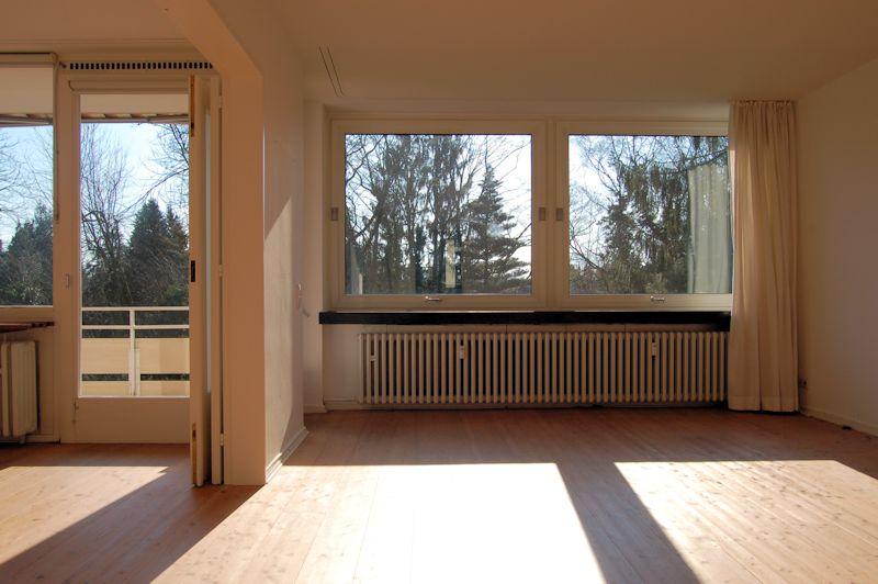 sportlicher mieter ohne dachschr gen phobie gesucht ines biedermann immobilien verkauf. Black Bedroom Furniture Sets. Home Design Ideas