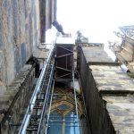 Blick zum Baulastenaufzug