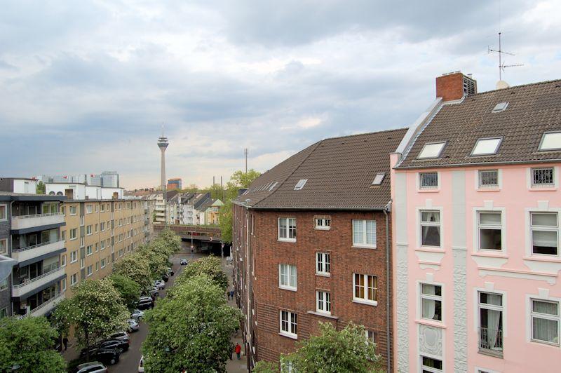 Gemutliche Maisonette Wohnung Mit Balkon In Dusseldorf Bilk Ines Biedermann Immobilien Verkauf Und Vermietung
