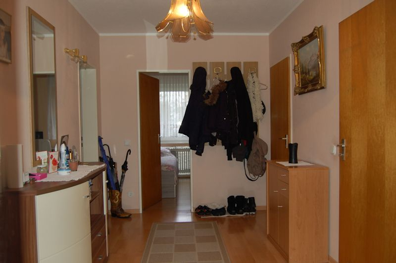 - Perfekte Wohnung für die junge Familie mit Balkon und Stellplatz.