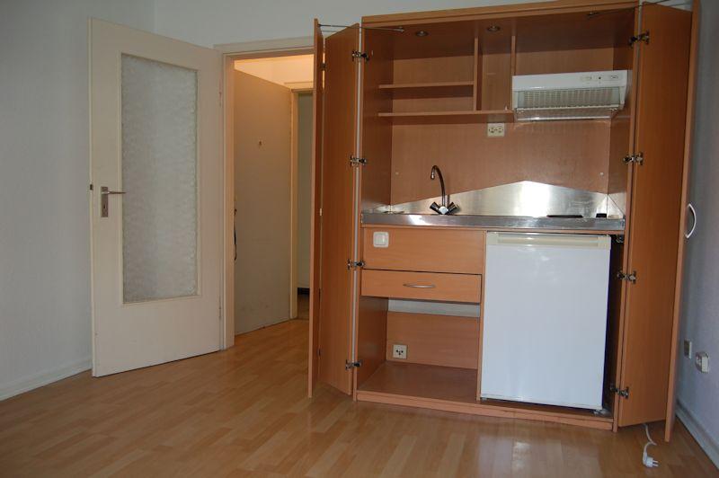 - Minimal aber optimal! Kleines Appartement mit Miniküche.