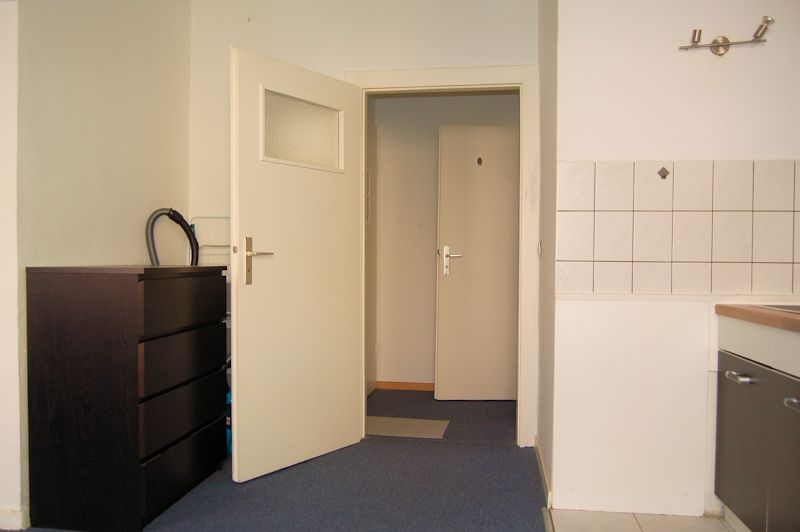 - Möblierte kleine Wohnung in Düsseldorf Rath
