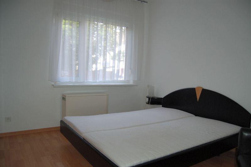 - Klein und fein, möblierte Wohnung ideal für Berufspendler.
