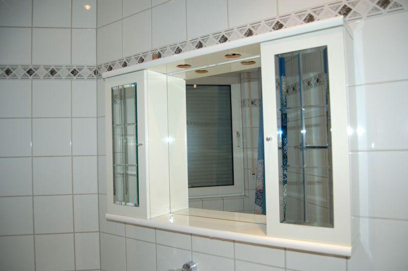 - Einziehen und wohlfühlen, Komfort-Wohnung mit Fußbodenheizung und Gäste-Bad.
